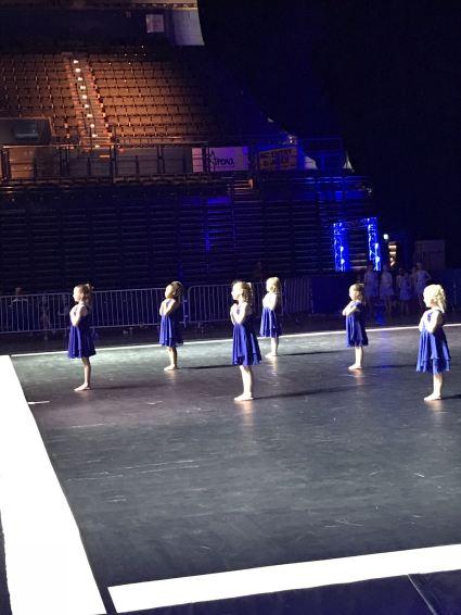Cubs Dance4